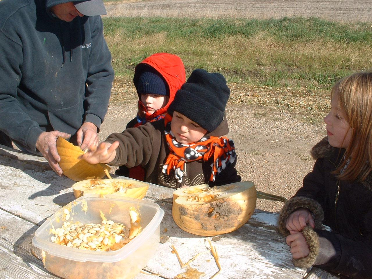 pumpkin_kids.jpg