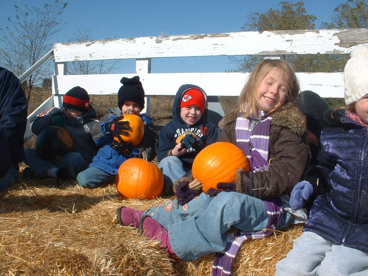 pumpkin_kids2.jpg